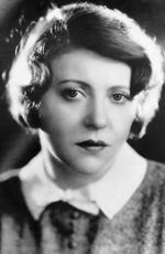 Photo Ruth Chatterton