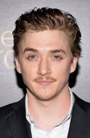 Photo Kyle Gallner