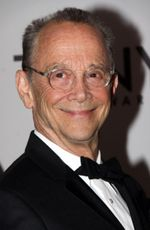Photo Joel Grey