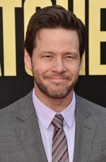 Photo Ike Barinholtz