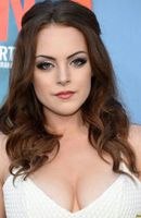 Photo Elizabeth Gillies