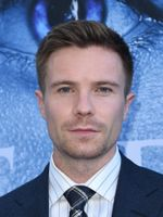Photo Joe Dempsie