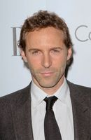 Photo Alessandro Nivola