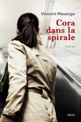 Couverture Cora dans la spirale