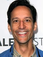 Photo Danny Pudi