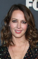 Photo Amy Acker