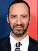 Photo Tony Hale