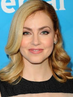 Photo Amanda Schull