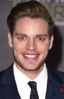 Photo Dominic Sherwood