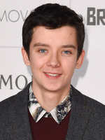Photo Asa Butterfield