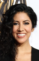 Photo Stephanie Beatriz
