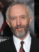 Photo Jonathan Pryce