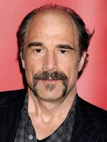 Photo Elias Koteas