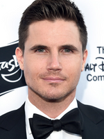 Photo Robbie Amell