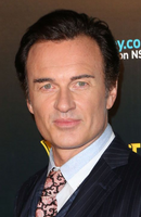 Photo Julian McMahon