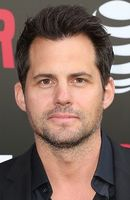 Photo Kristoffer Polaha